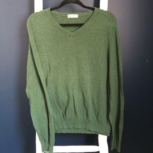 J. Crew V-Neck Sweater. Slim Fit